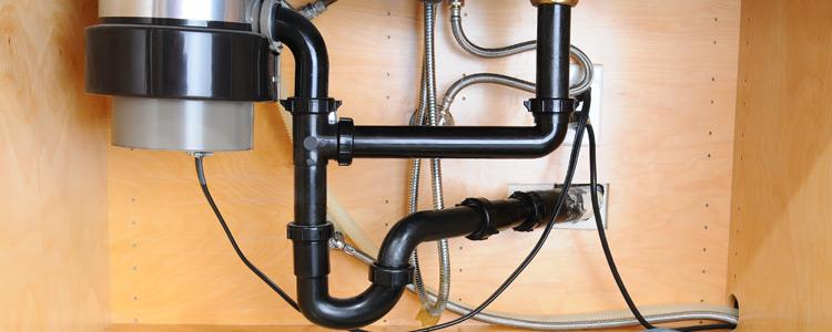 Comment cacher des tuyaux | Guide Artisan